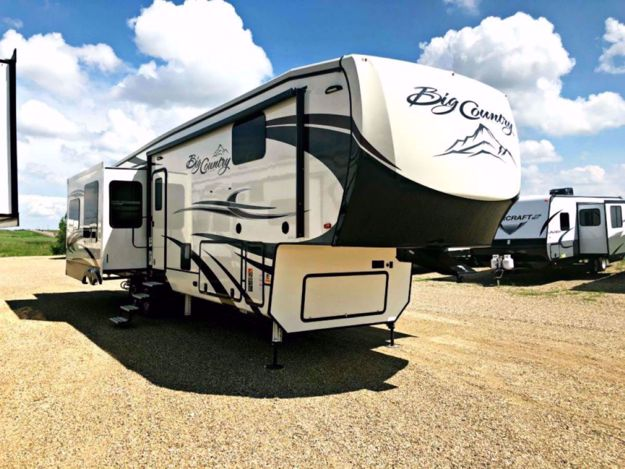 Picture of 2018 Big Country 3560SS