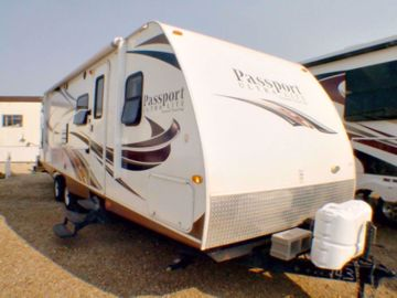 Picture of 2013 Passport Ultra Lite 291BH